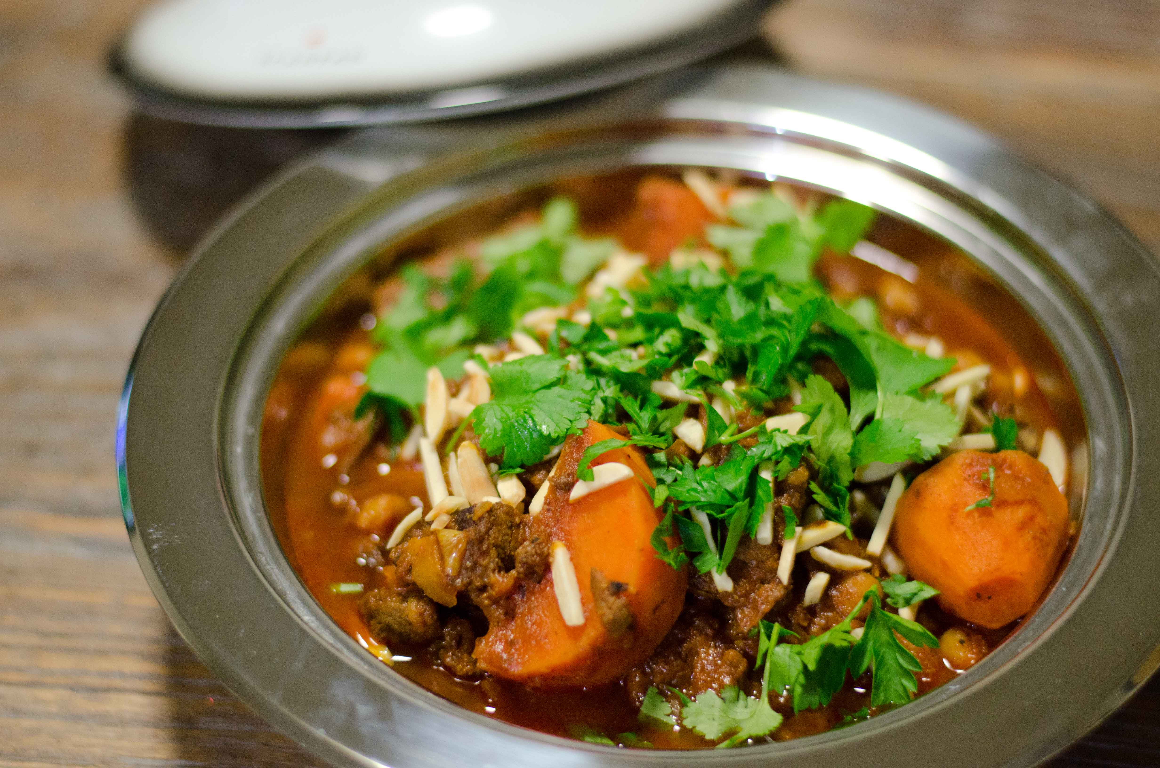 Scanpan Tagine Revew and a Beef Tagine Recipe