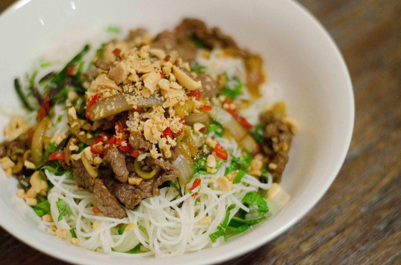 Vietnamese Beef with Lemongrass and Chilli on Vermicelli (Bun Bo Xao)