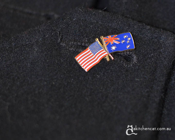 American Australian friendship pin