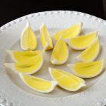 margarita-jelly-in-lemon-skin