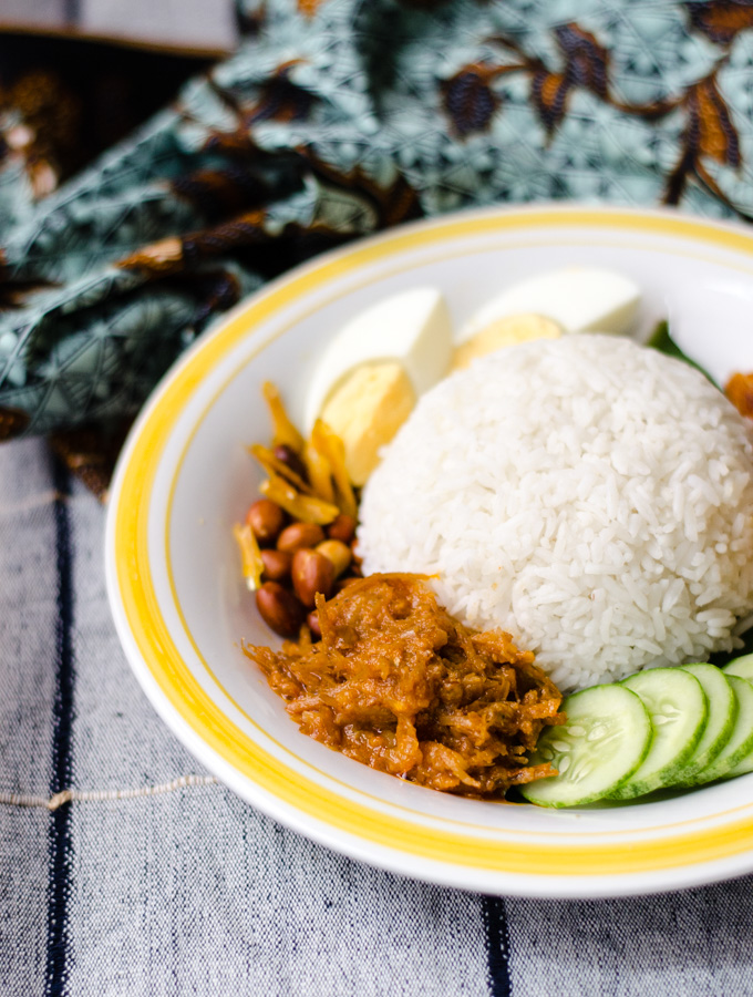 nasi-lemak-with-sambal